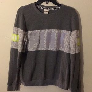 PINK Victoria's Secret Sweater Size Medium